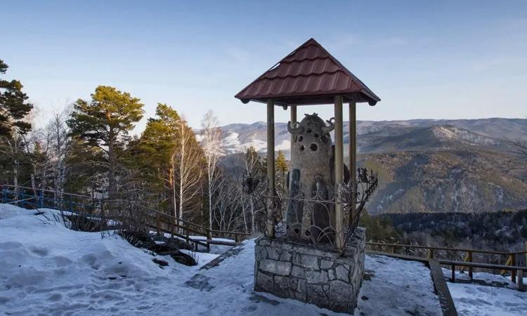 Гора церковка (gdealtai.ru)