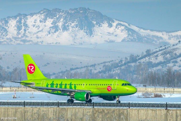 самолет на Алтай