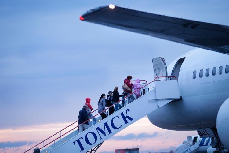 самолет из томска
