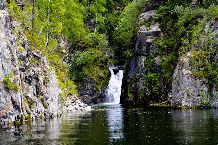Водопад Кеште